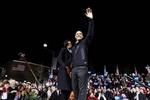 Обама продолжает принимать поздравления с переизбранием на второй срок