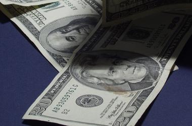 Какой курс доллара на сегодня