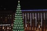 В Киеве уже устанавливают новогоднюю елку на Майдане