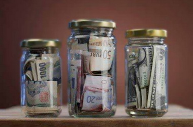 Деньги, деньги... Хроника 3Д: доллар  дорожает - дешевеет