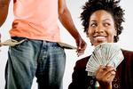 Ученые выяснили, что женщины ведут себя как бедные, а мужчины - как богатые