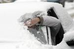 Снег заблокировал около 200 машин в Черниговской области