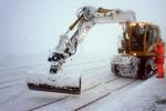 На дорогах из-за снега застряли около тысячи автомобилей