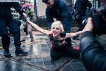 Апокалипсис - это Путин: FEMEN встретили российского президента в Брюсселе