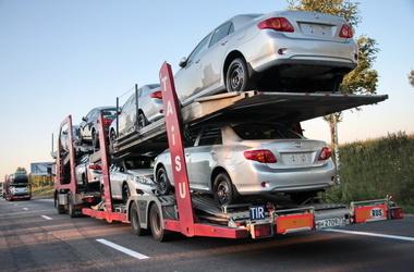 <p>В Украине ввели пошлины на импортные авто. Фото: АвтоЦентр</p>