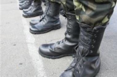 Из-за несчастного случая в Кривом Роге погиб солдат-срочник, еще два парня получили травмы