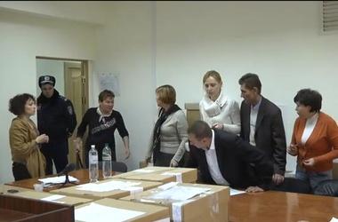 Рада решила, на когда назначить перевыборы в проблемных округах