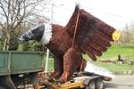 На Певческом поле в Киеве появится 13-метровый орел и волк из тростника
