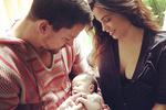 Самый сексуальный актер 2012 года показал фото новорожденной дочери
