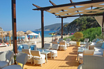 В Мариуполе летние кафе отобрали у отдыхающих пляж