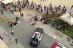 В Калифорнии водитель врезался в толпу отдыхающих