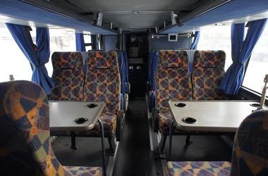<p>Бандиты ограбили автобус с бизнесменами. Фото: autoline.com.ua</p>