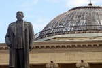 Памятник Сталину в Грузии облили краской