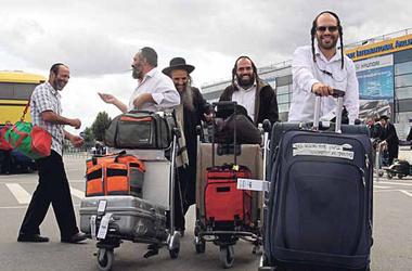 Надоели националисты и безденежье: жители Украины массово бегут в Израиль