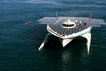 Самое большое в мире судно на солнечных батареях завершило путешествие через Атлантический океан