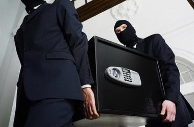 Во Львове из обменного пункта украли сейф с миллионом гривен - Цензор.НЕТ 3662