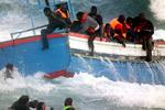 Более 40 человек погибли и 100 пропали без вести при кораблекрушении