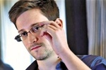 Сноуден встретился с отцом после полугодовой разлуки