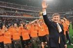 """Колесников: Ахметов может купить """"Барселону"""" и """"Реал"""" вместе взятые, но создать в родном крае европейскую команду – это другое"""