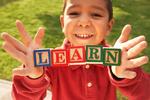 Ученые рассказали, когда лучше всего начинать учить иностранные языки