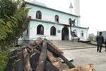 В Саках сгорела центральная мечеть, имам региона считает, что это был поджог