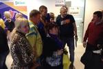 Футболисты сборной Украины в Римини раздавали автографы и фотографировались с фанами