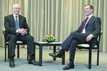 Азаров и Медведев выяснят, что делать с газом и ядерным заводом
