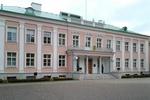 Януковича в Эстонии принимают в трехэтажном дворце
