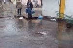 В Днепропетровске прорвало трубу: улицу заливают фекалии