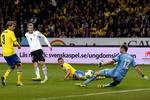 Германия с 0:2, обыграла в гостях Швецию