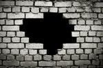 В Крыму грабители прошли сквозь стену и украли 50 тысяч долларов