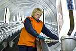 Как в киевском метро делают генеральную уборку