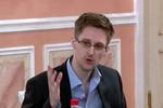 Сноуден заявил, что приехал в Россию без секретных материалов