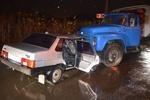 В Харькове ребенок пострадал в результате столкновения легковушки и грузовика