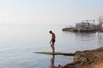 В Крым вернулась лето: на море полно отдыхающих