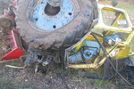 В Ровенской области трактор попал под поезд: один человек погиб, другой – в реанимации