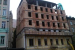 """Исторический дом превратили в """"высотку"""" без разрешения"""