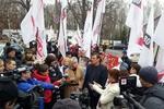 """Оппозиция уже согласна на лечение Тимошенко """"в кандалах"""""""