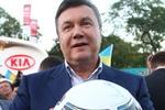 Янукович поздравил сборную Украины по футболу с победой