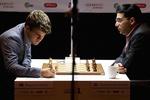 Карлсен снова обыграл Ананда в чемпионском матче