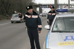 Гаишники массово останавливают автобусы с участниками Евромайдана