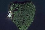 Джоли подарит Питту остров в форме сердца