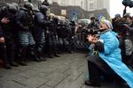Евромайдан выстоял вторые сутки