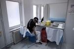 Греки сами заражают себя ВИЧ ради пособия в 700 евро
