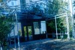 Жители столичной Оболони жалуются на кошмарное кафе