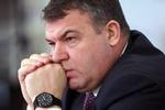 Экс-министра обороны России подозревают в нанесении стране ущерба на сумму 1.7 млн долларов