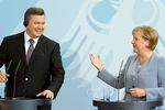 Янукович приехал на саммит после встречи с Меркель