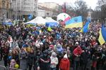 """Львовский Евромайдан: студенты варят макароны и кричат """"Всі ми хочемо в ЄС, а Азаров - то є пес"""""""