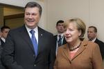 Меркель пригласила Януковича в Германию