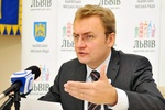 Мэр Львова призвал школы рассказывать детям о евроинтеграции
